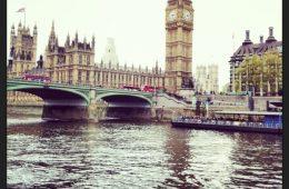 Londres et la Tamise le duo inséparable