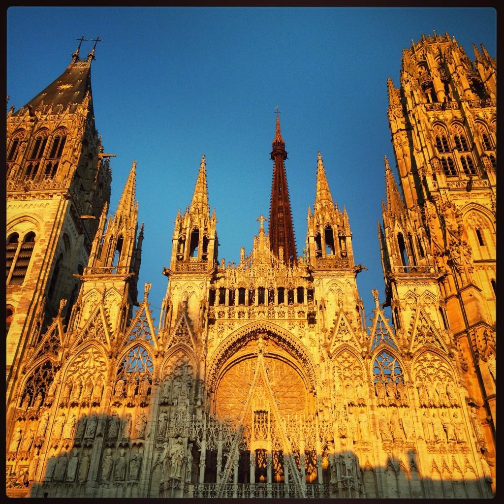 La Cathédrale de Rouen au coucher en fin de journée