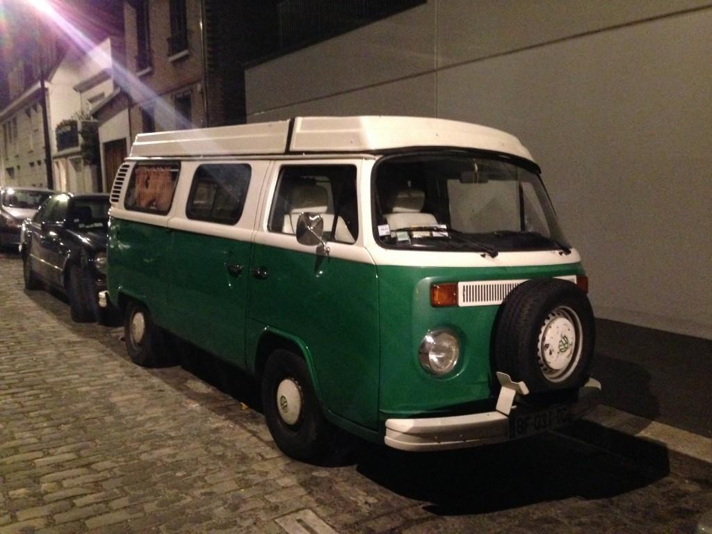 Volkswagen, bicolore vert et blanc, Paris 19 ème
