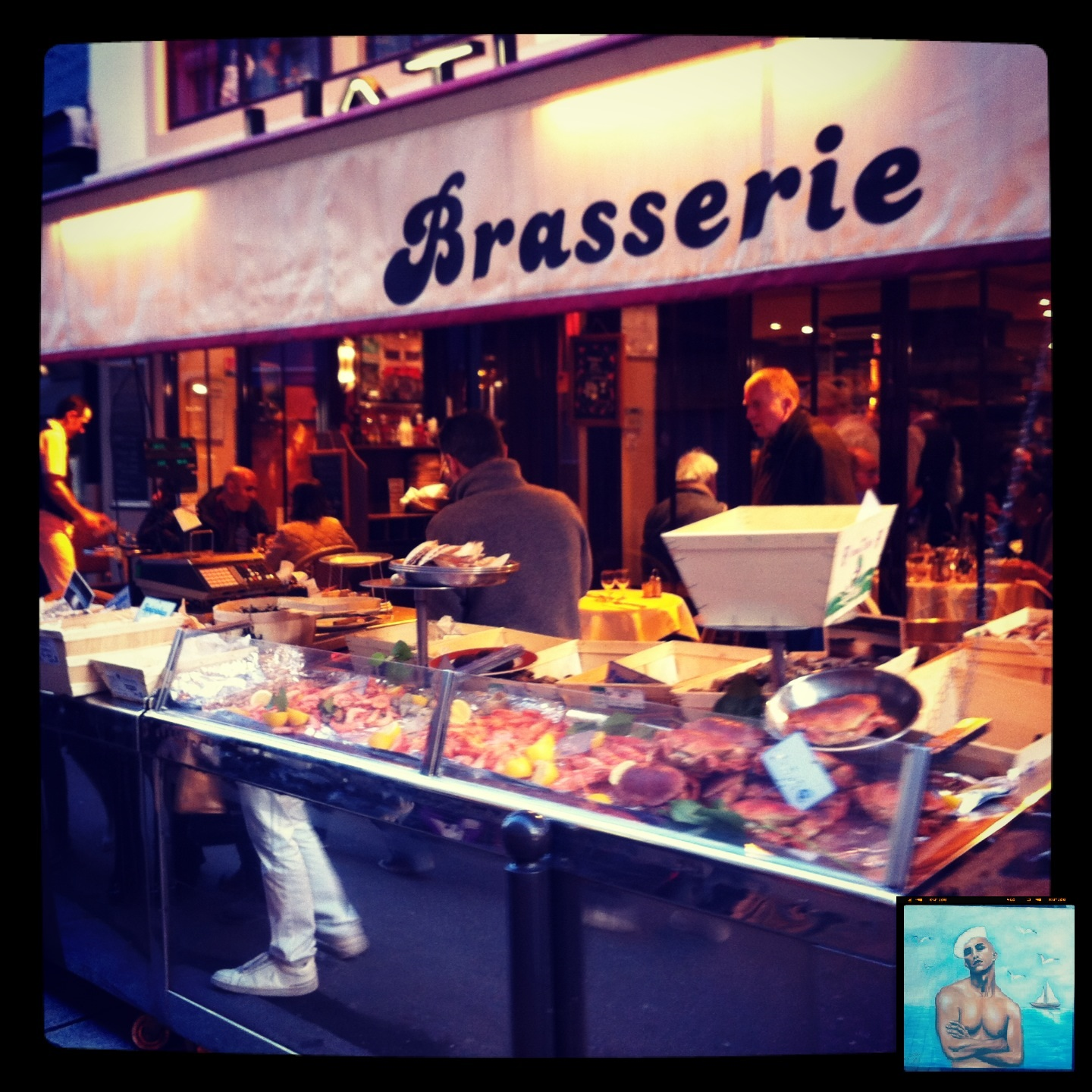 L'Atlas Brasserie proposant des fruits de mer à Paris @escaledenuit