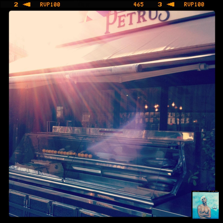 Petrus, restaurant de poissons et de Fruits de mer à Paris @escaledenuit