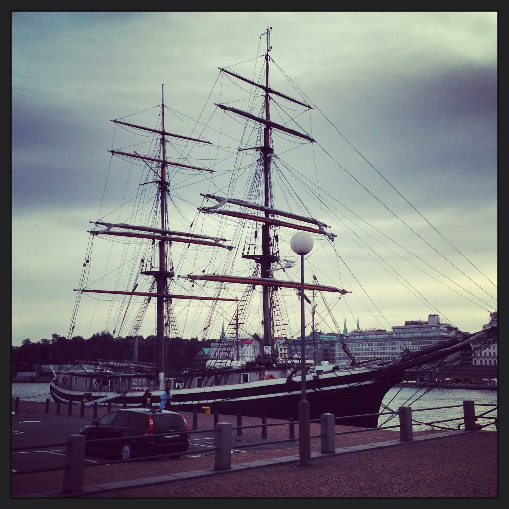Un vieux gréement à quai à Helsinki que nous rêverions de voir naviguer sous voile