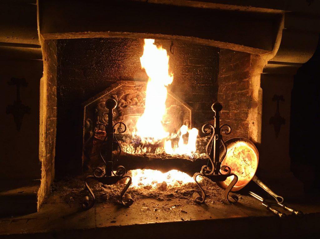 Les longues soirées au coin du feu à Ravenel