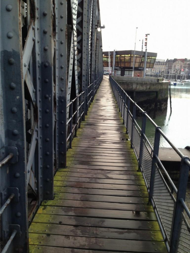 Sur le pont je vascille