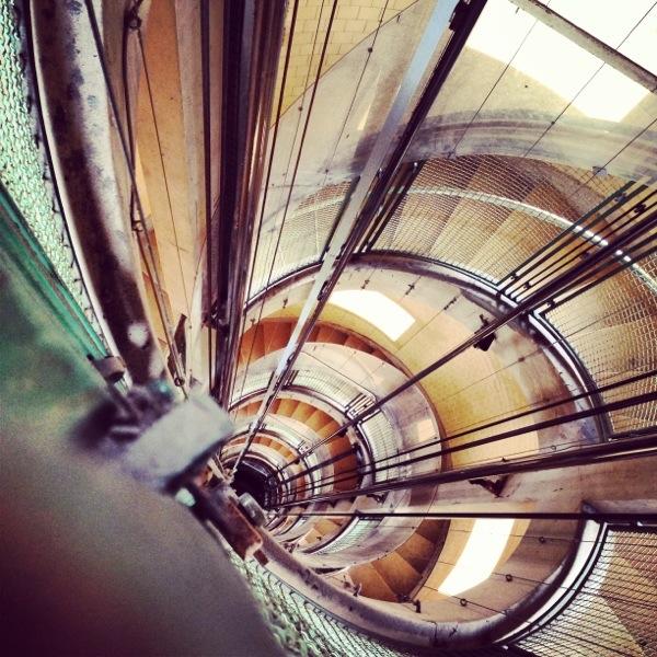 un bel escalier en colimaçon