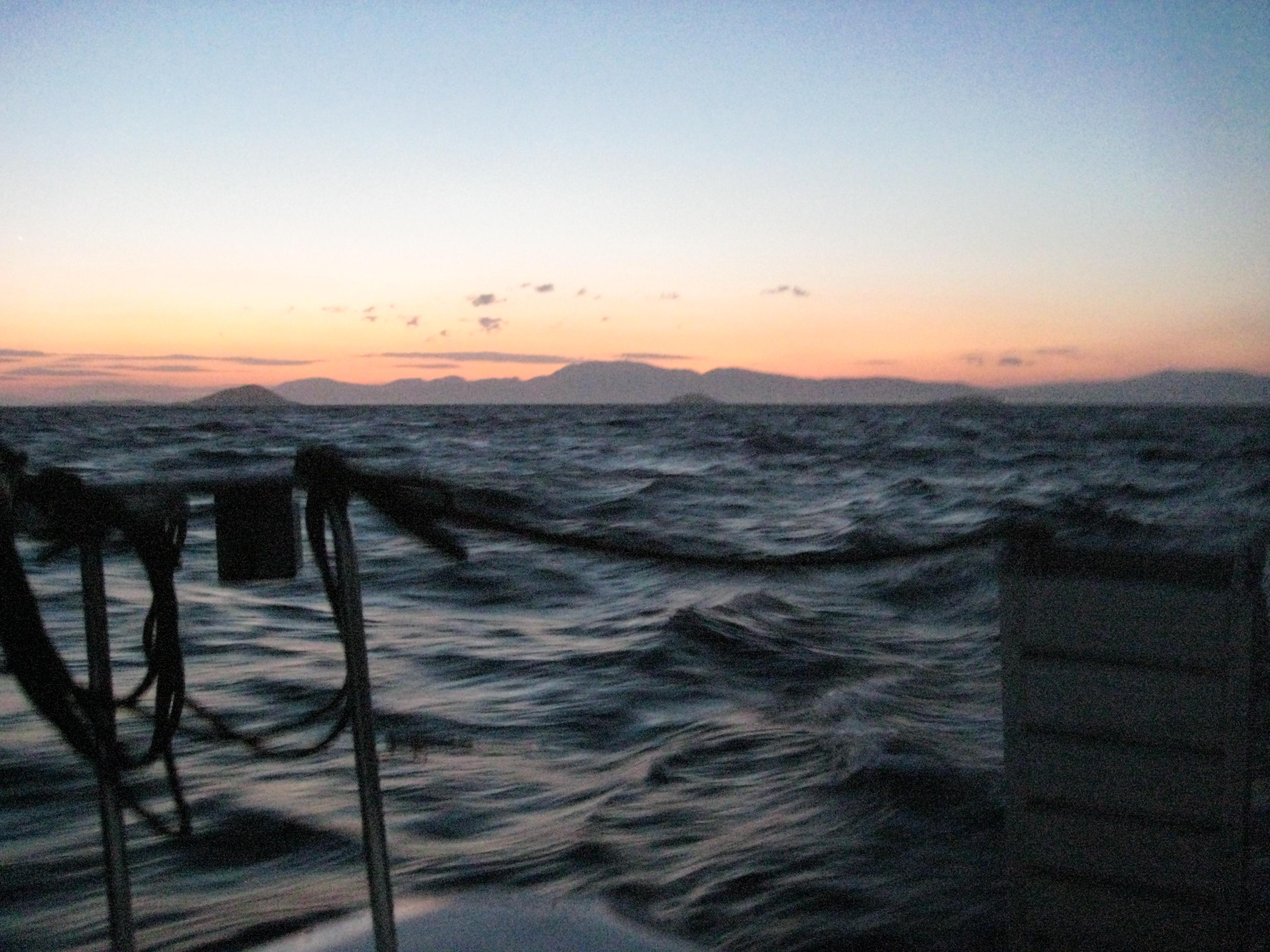 il y a une vie à bord, même après le coucher du soleil