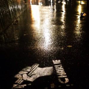 L'hommage des artistes de la rue aux dessinateurs de Charlie Hebdo