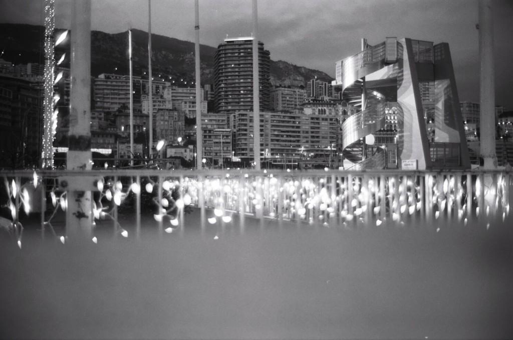 La nuit s'approche à Monaco