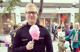 un policier islandais en mode barbapapa