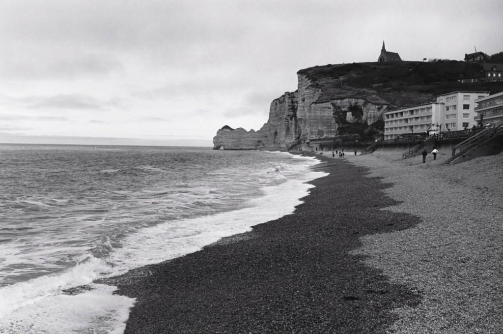 La plage de galets d'Etretat
