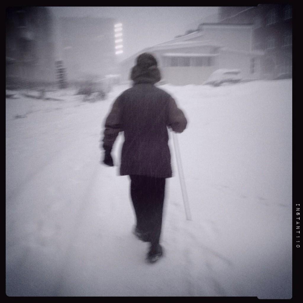 Un grand père sibérien défit le froid et la neige