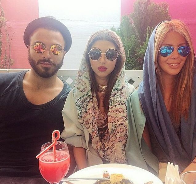 "Un verre entre ami entre ""rich kids of Teheran"""