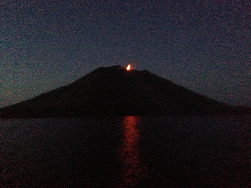 Le Stromboli un volcan qui sert de phare depuis l'Antiquité
