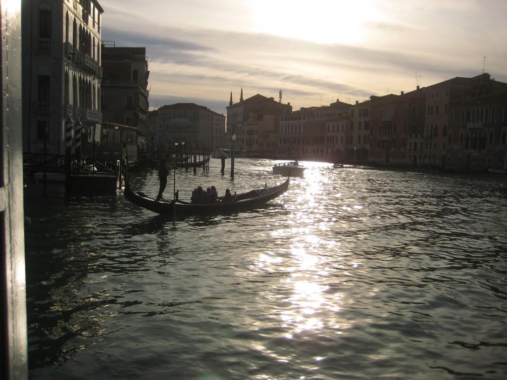 Le grand Canal de Venise ou se concentre toute l'activité de la ville