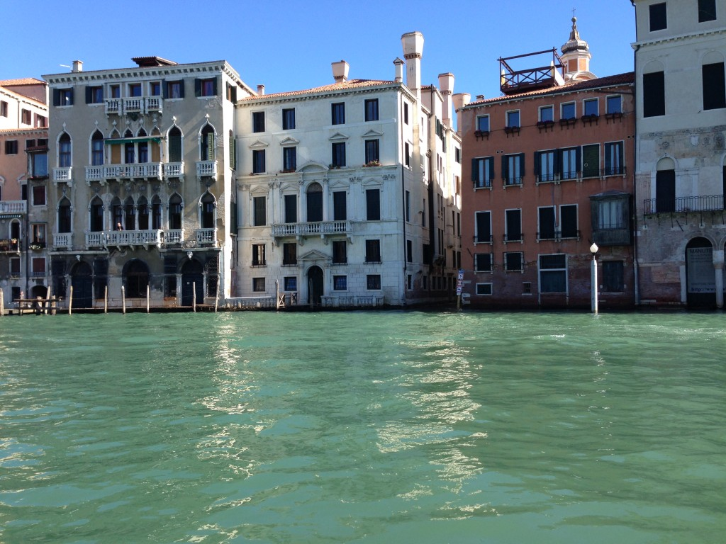 48. Vue imprenable sur le grand Canal de Venise