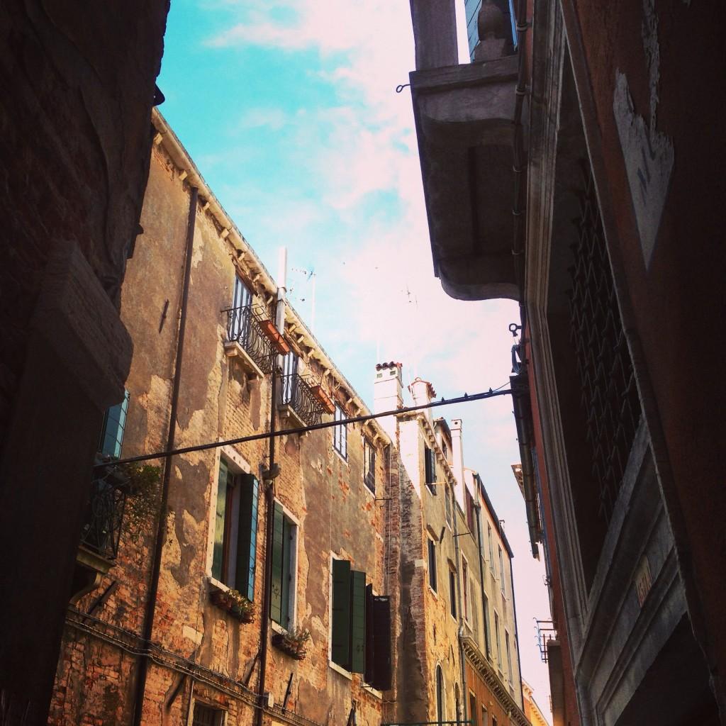 9. Une ruelle de Venise