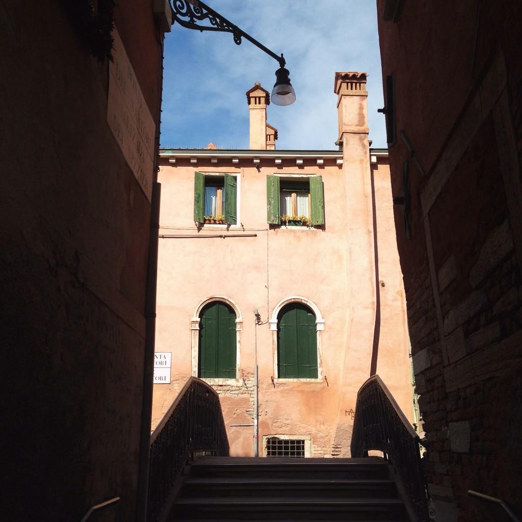 17. Ponte Dei Sartori, Venise