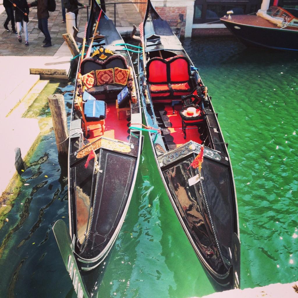 29. les fameuses pirogues de Venise