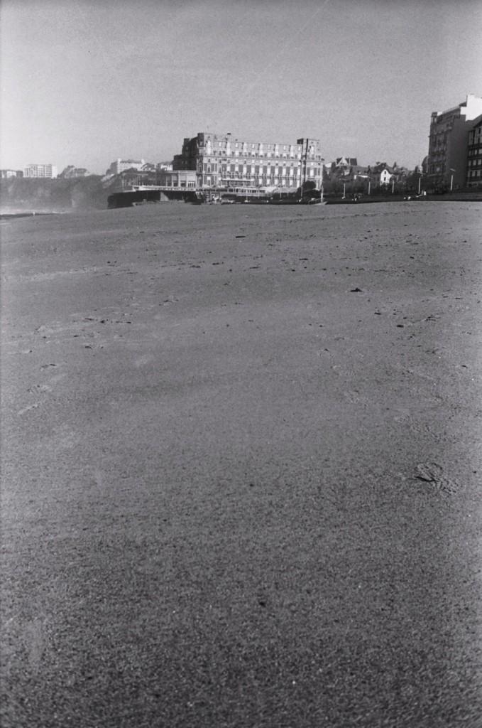 Le Grand Hôtel de Biarritz à marée basse