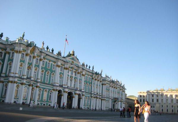 Le splendide palais de l'Ermitage en Russie