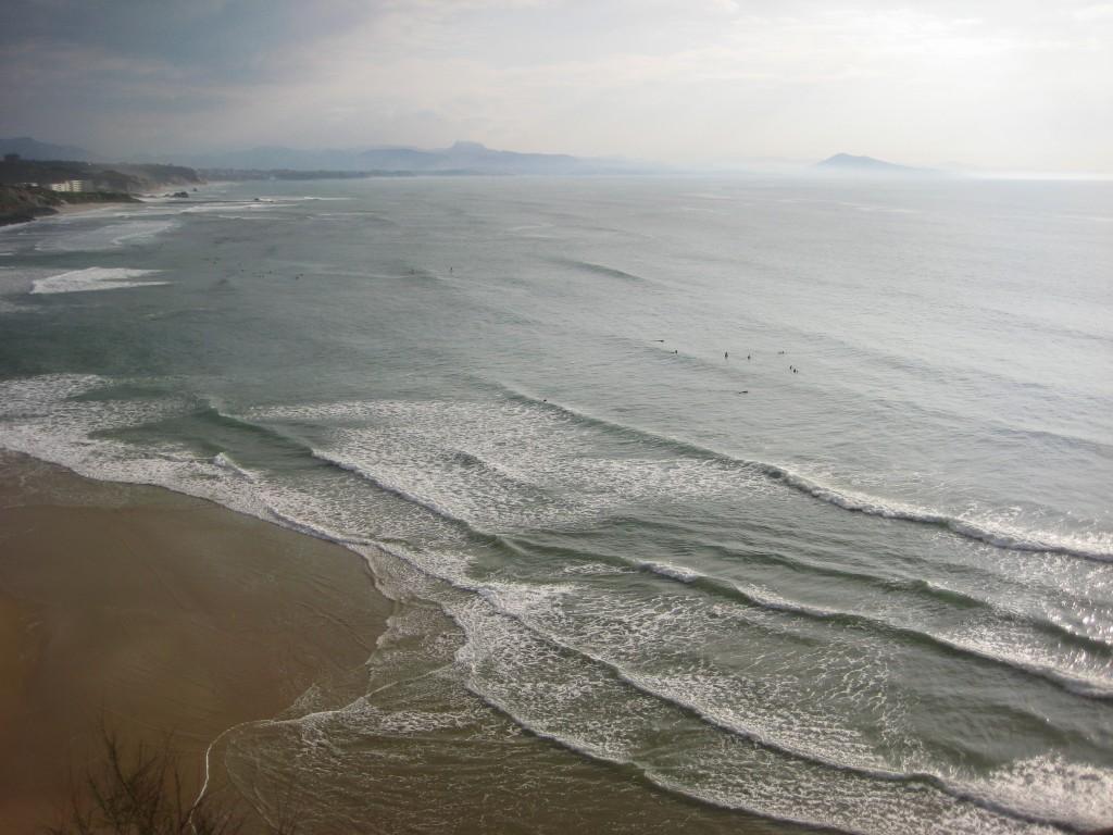 La côte des basques au mois d'avril
