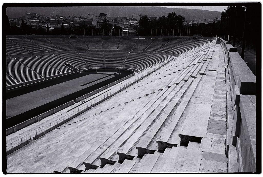 85. Le stade Olympique d' Athènes