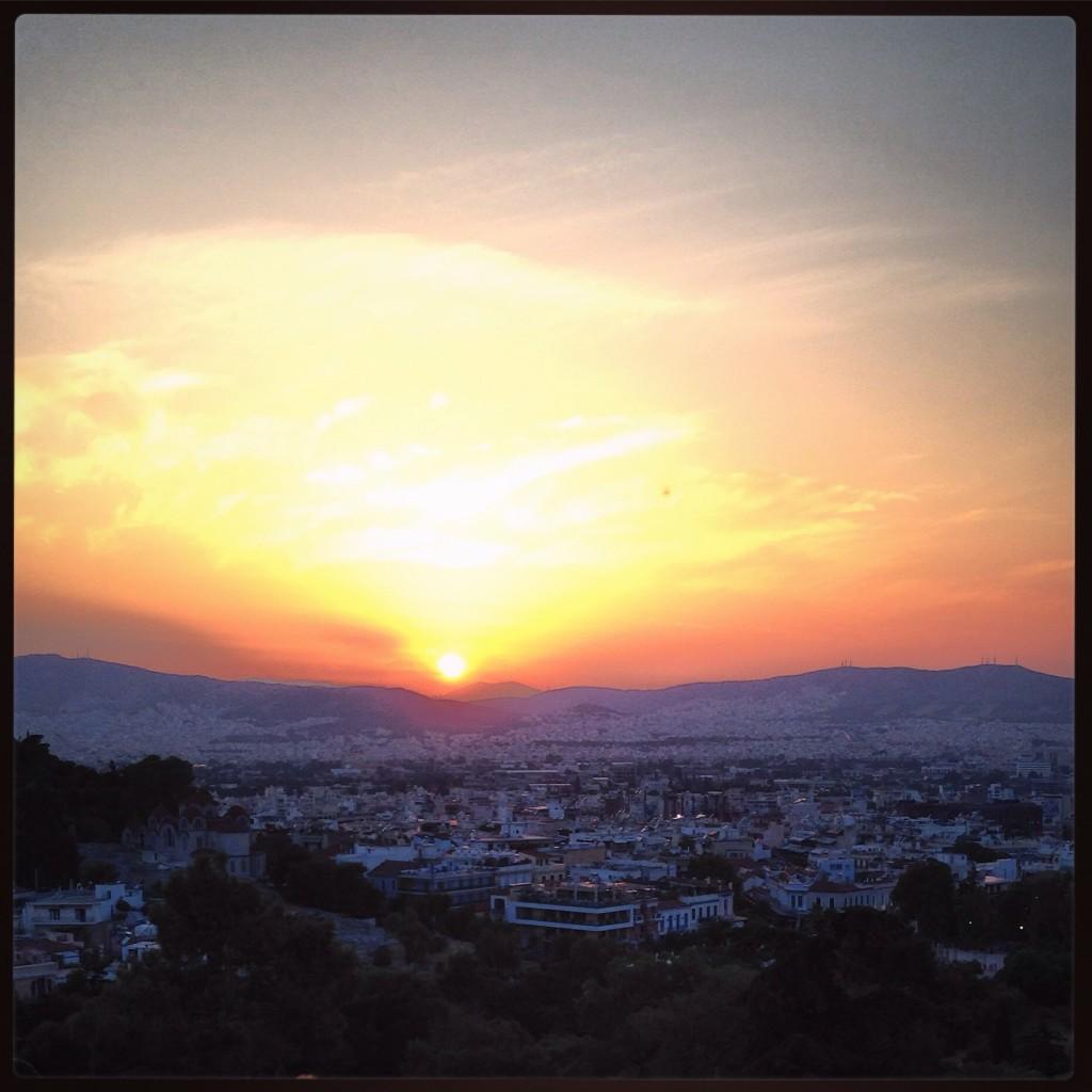 69. Athènes au coucher du soleil