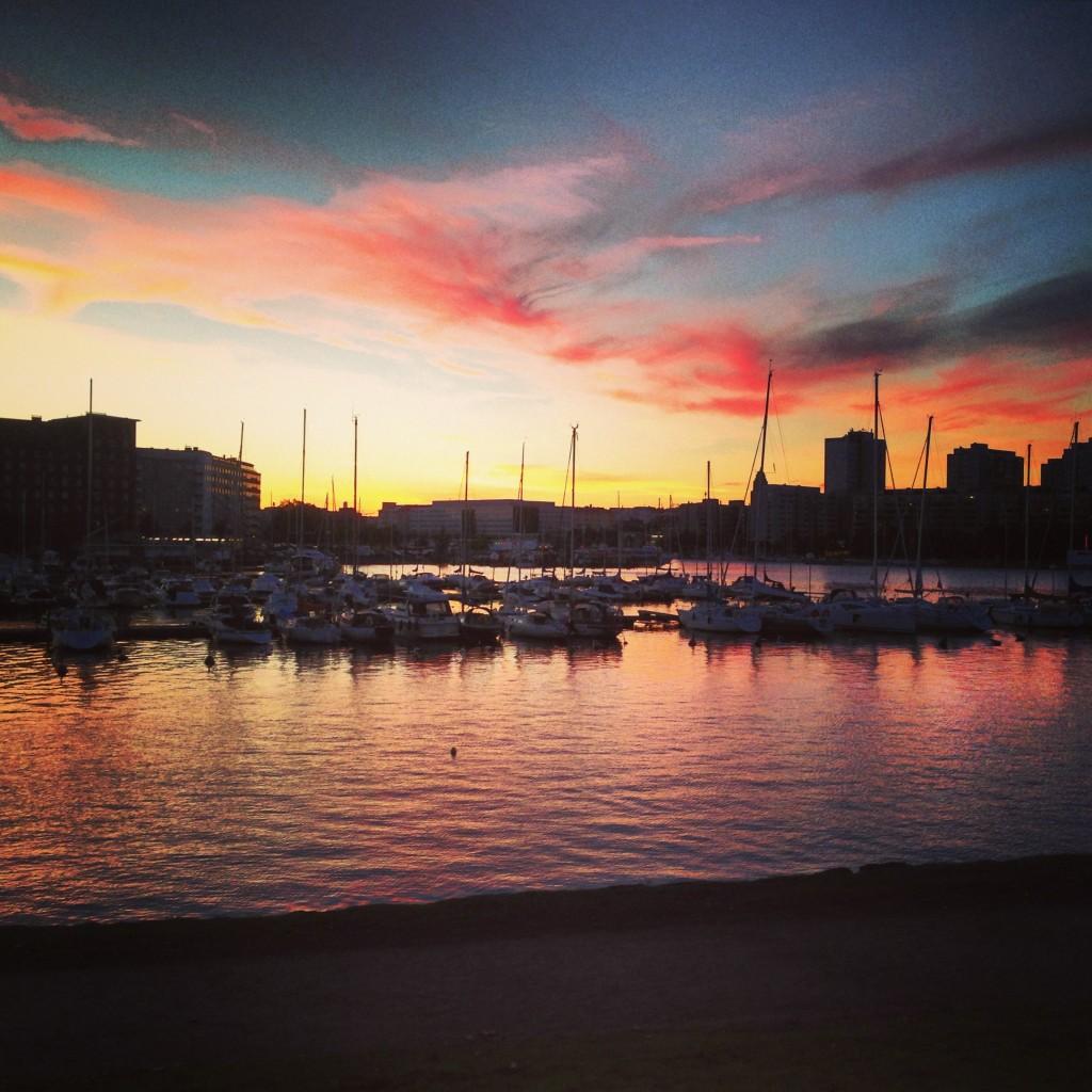 61. La marina d'Helsinki au cœur de l'été