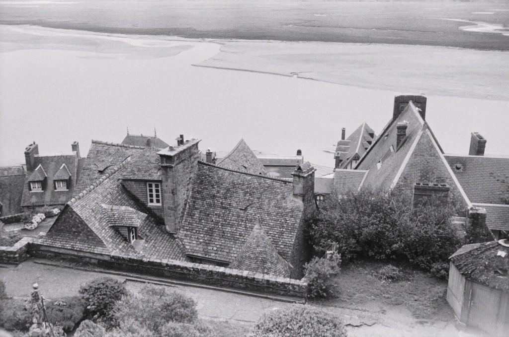 Les toits en ardoise de la cité du Mont Saint-Michel