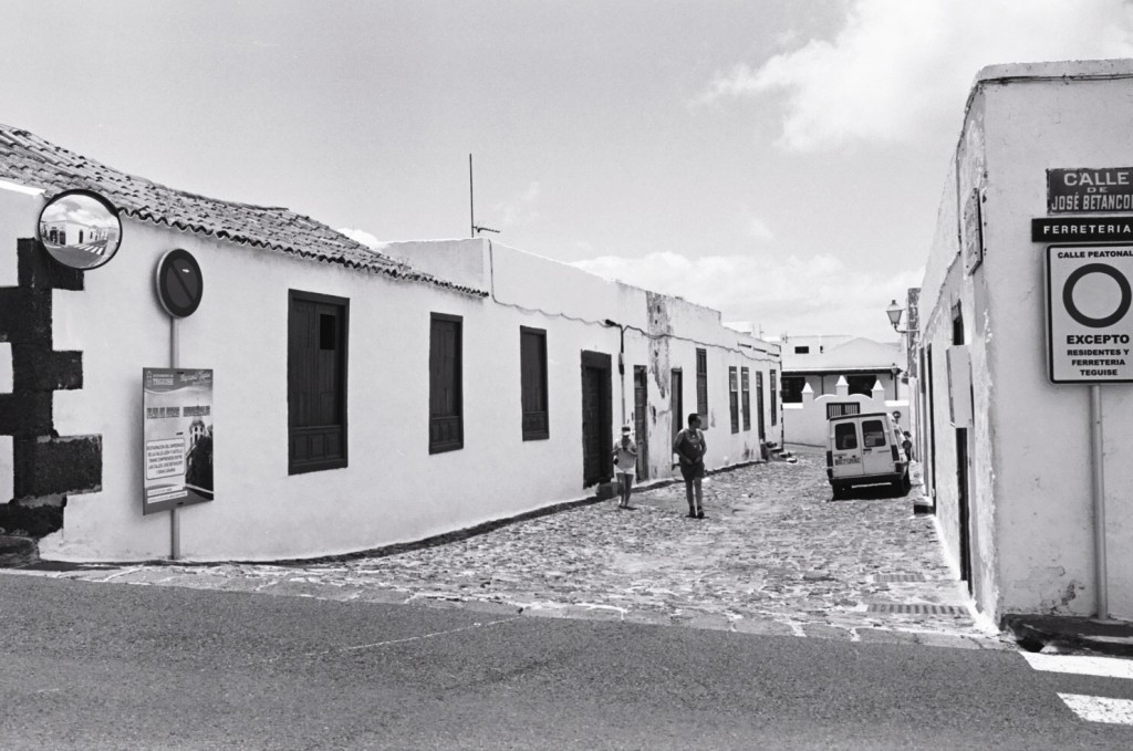 Une ruelle du centre ville de Teguise
