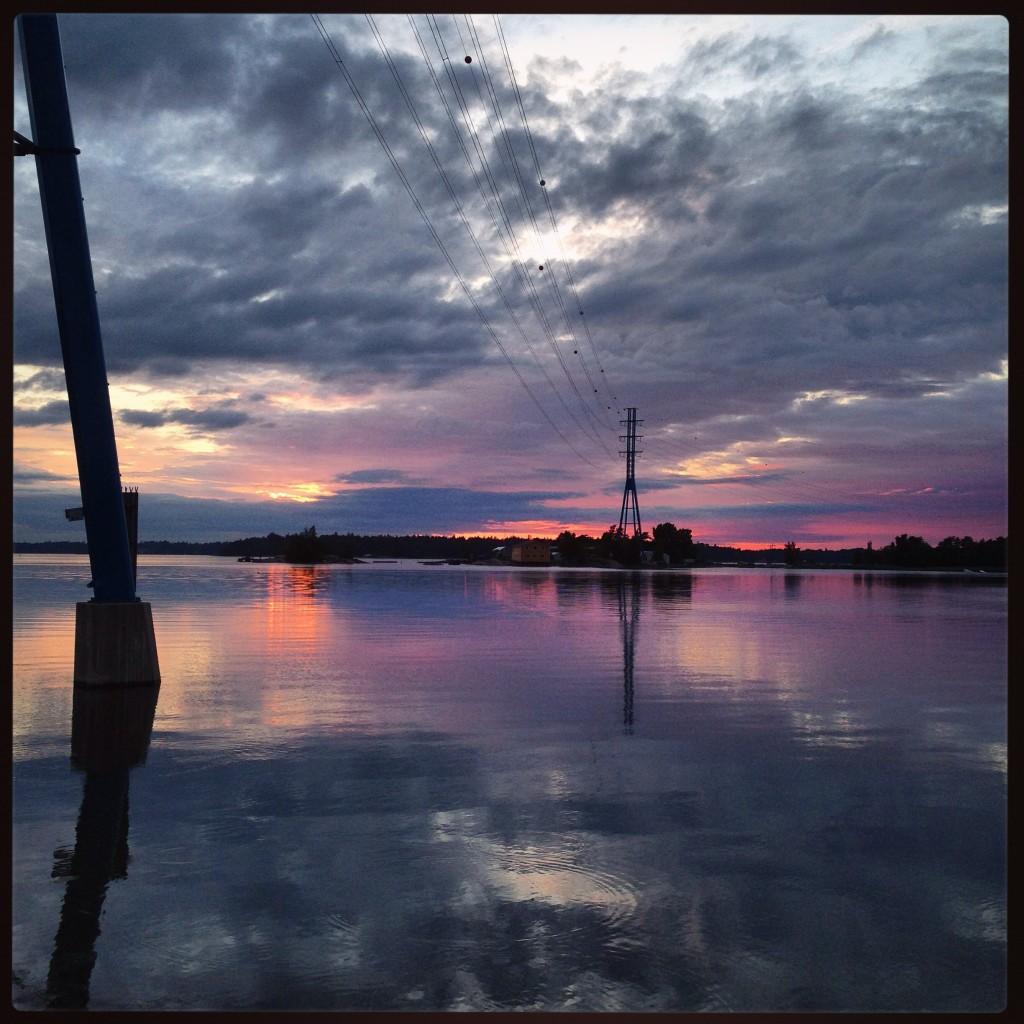 Un lac à l'ouest d'Helsinki, un soir d'été