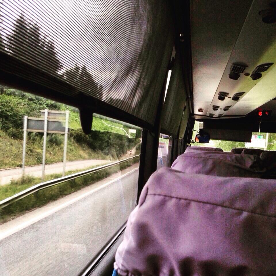 33. Le car, un moyen de transport efficace pour découvrir la Finlande