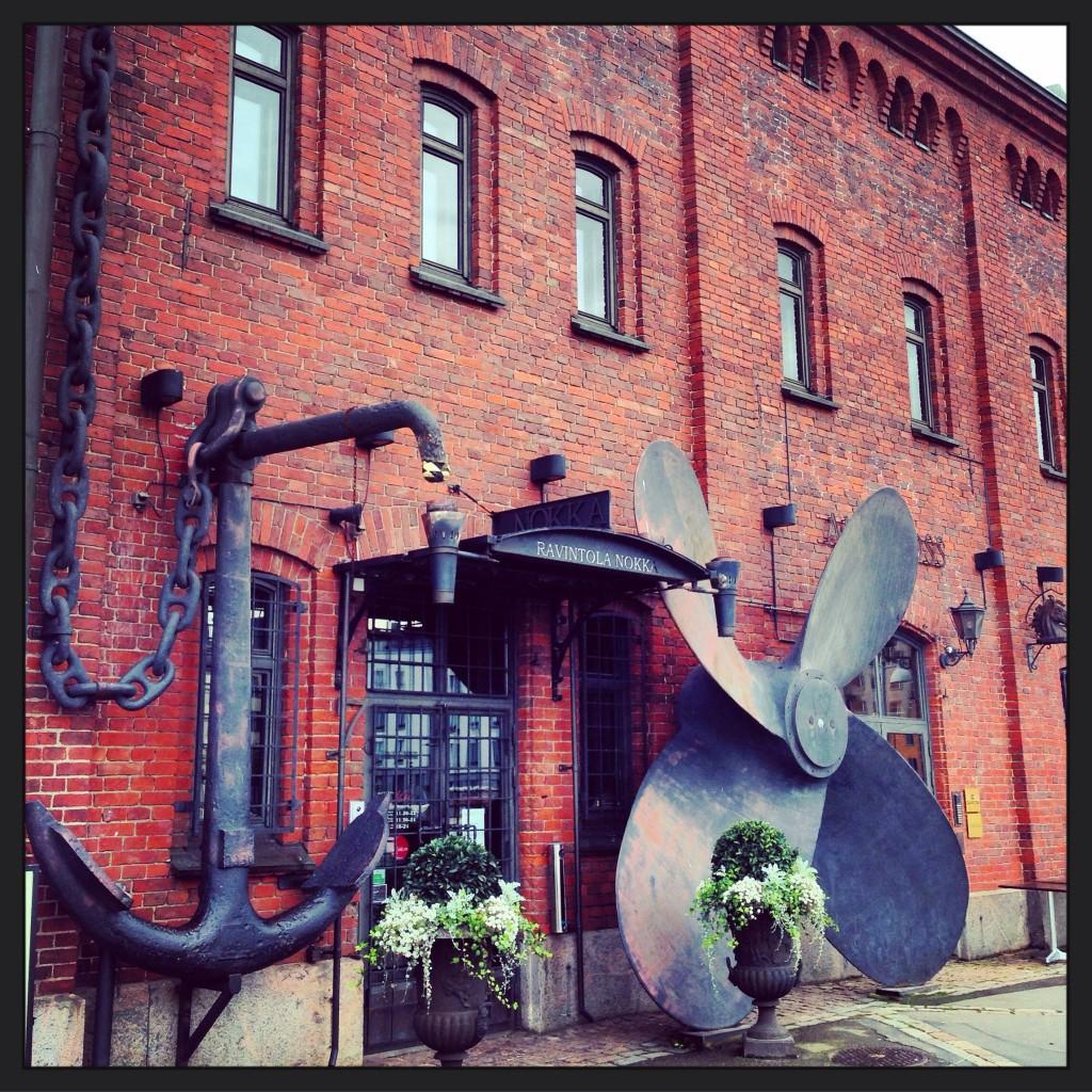 50. Une façade de café insolite à Helsinki