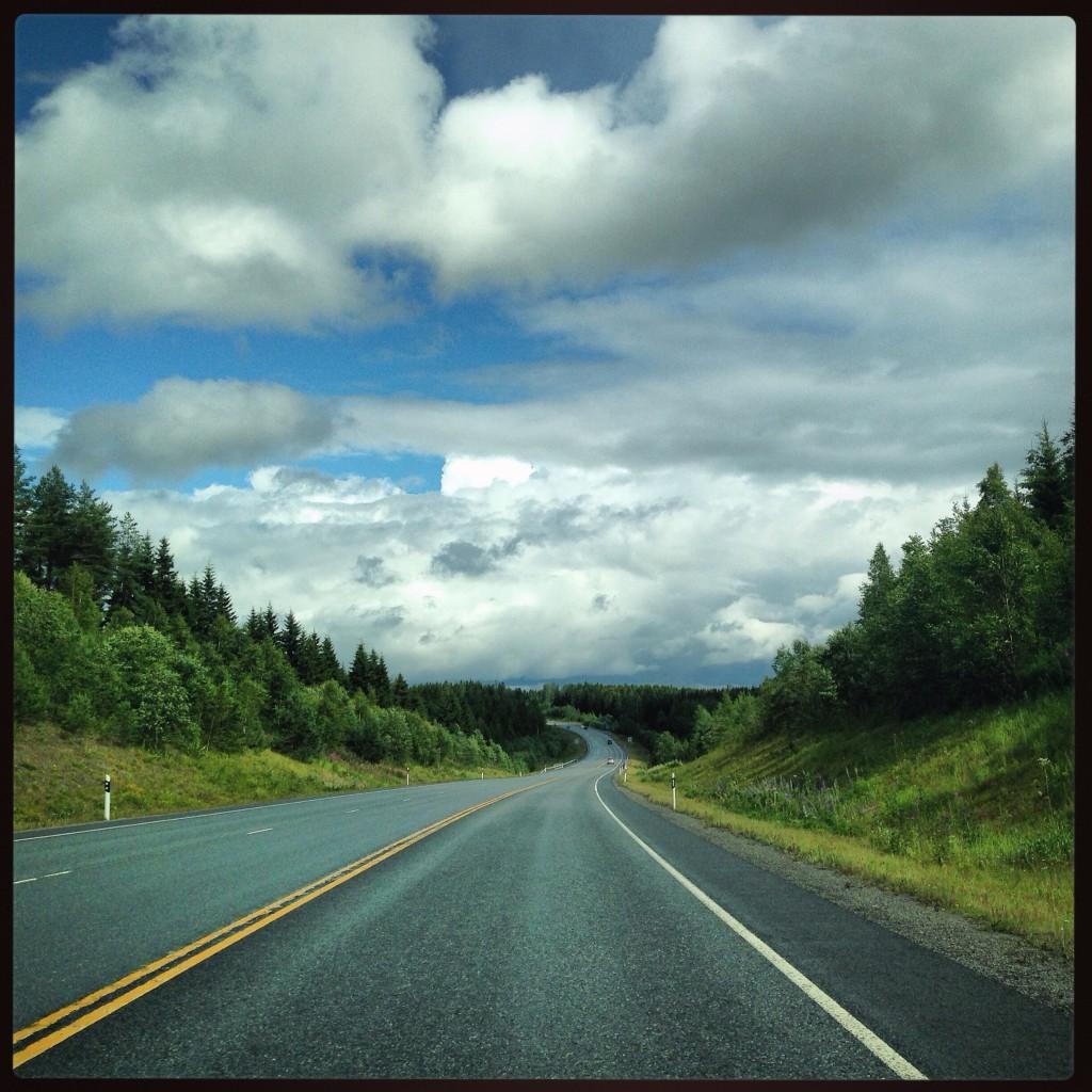 51. Sur les routes finlandaises
