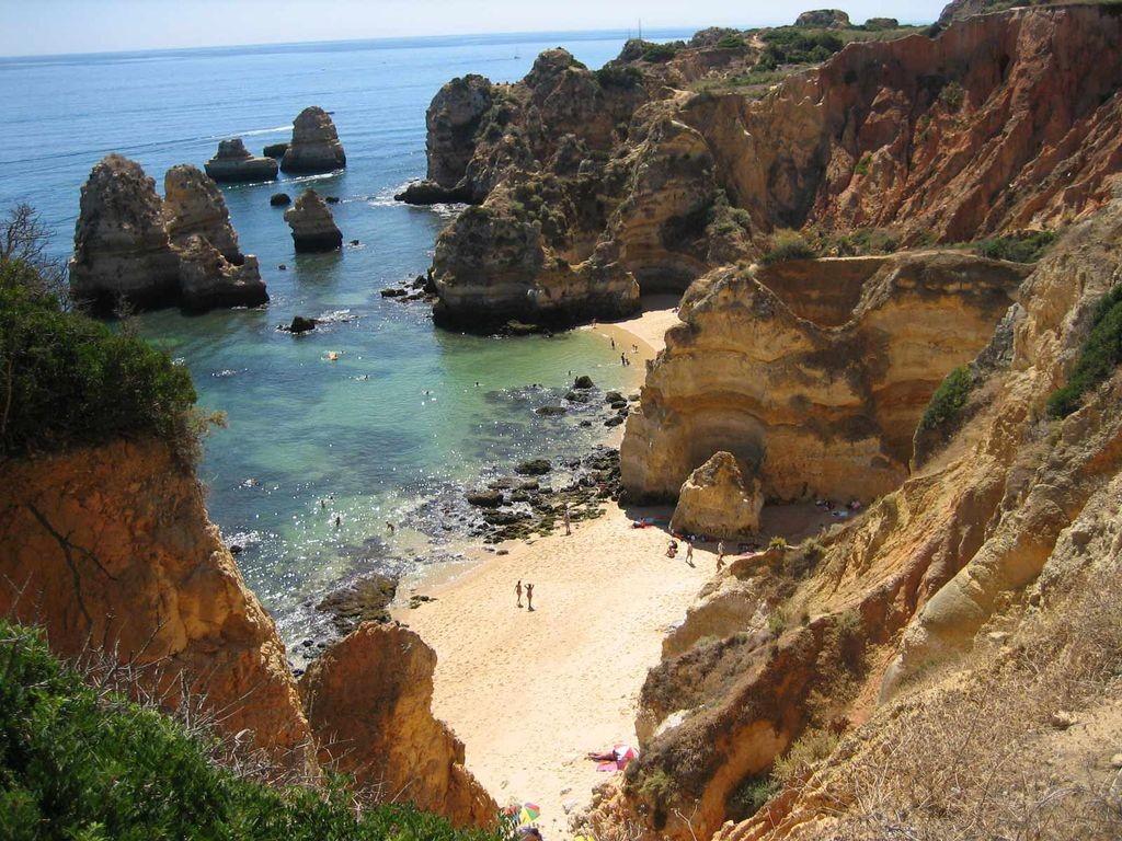Les paysages de l'Algarve au Portugal au pied du centre Yelloh Village Turiscampo