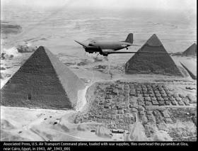 Les pyramides vues du ciel