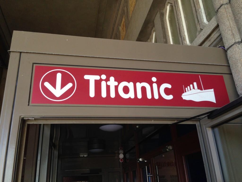 Exposition sur les objets du Titanic