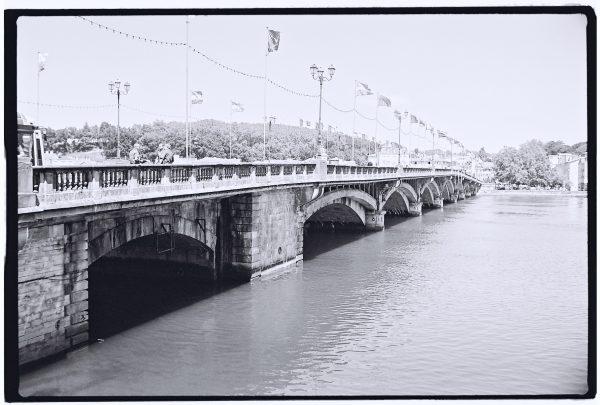 L'Adour, le pont Saint-Esprit et Bayonne