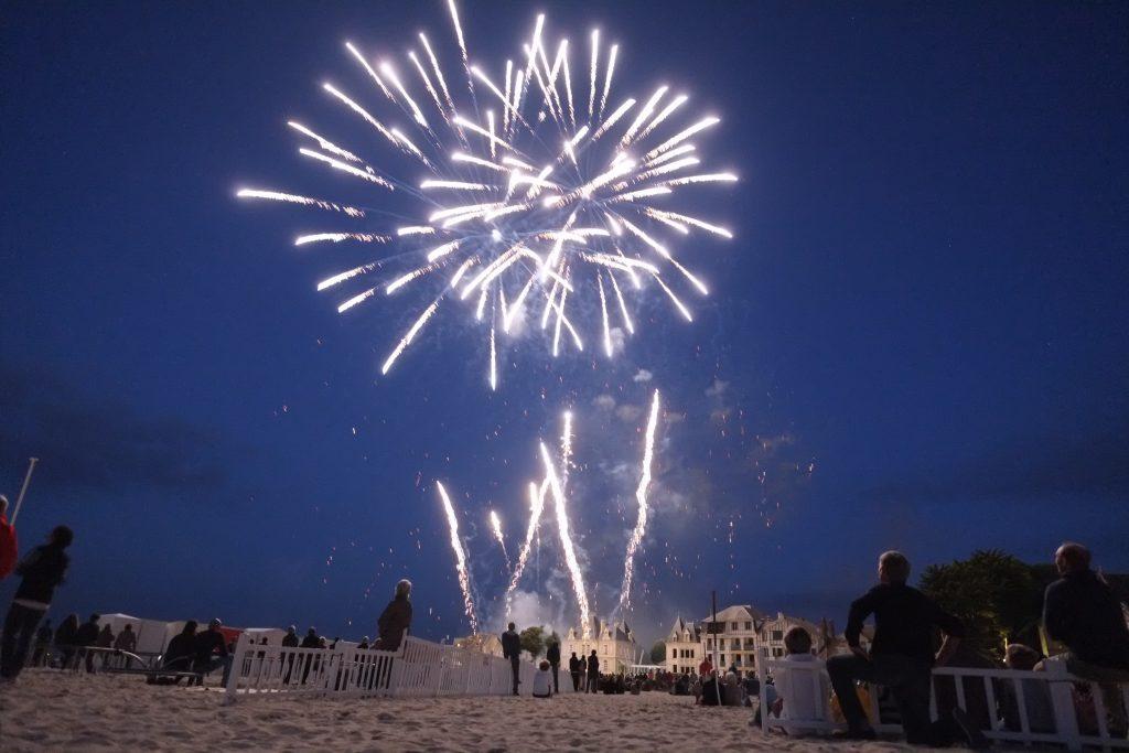 Le feu d'artifice du 14 juillet sur la plage du Pouliguen