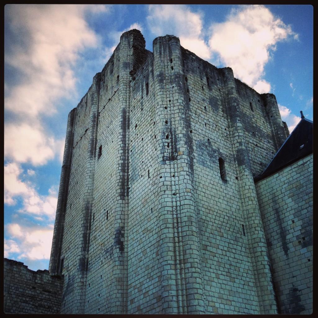 Le Donjon de Loches construit vers l'an mil...