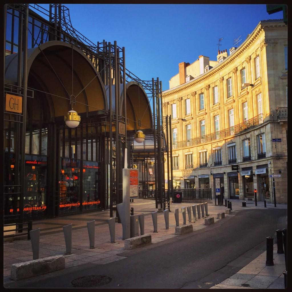 La place des grands hommes à Bordeaux