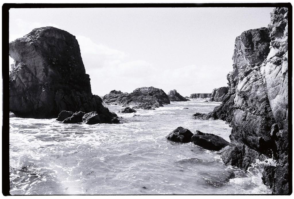 L'accès aux petites criques de la côte sauvage disparaît avec la marée