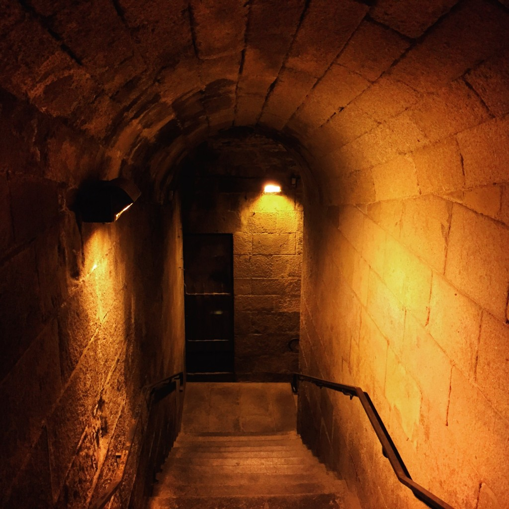 Sous les remparts de Saint-Malo.