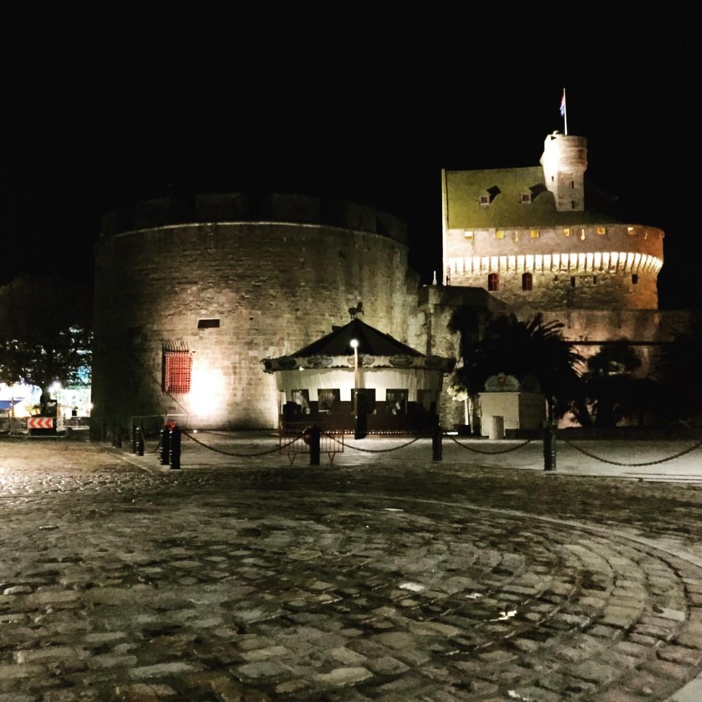 La porte Saint-Vincent de nuit