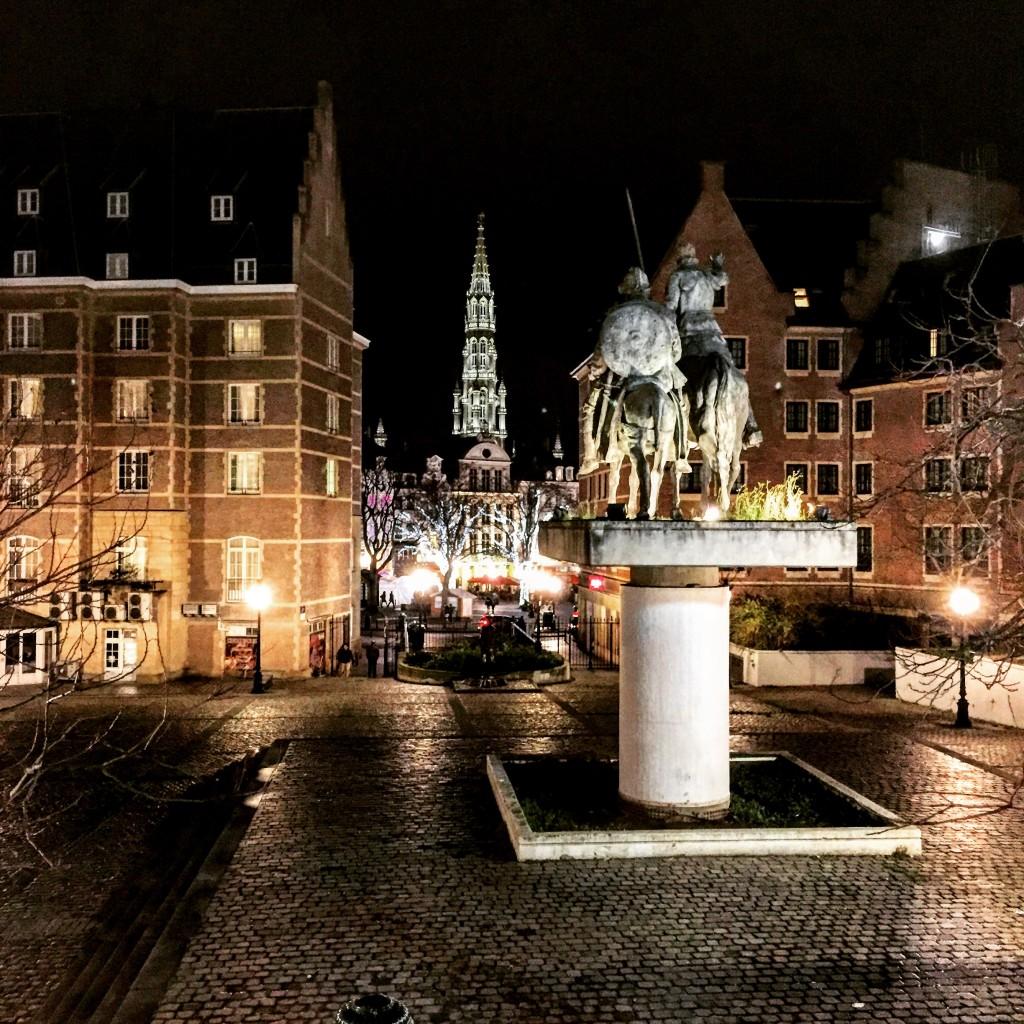 Bruxelles une ville impassible aux enjeux et à la folie des hommes