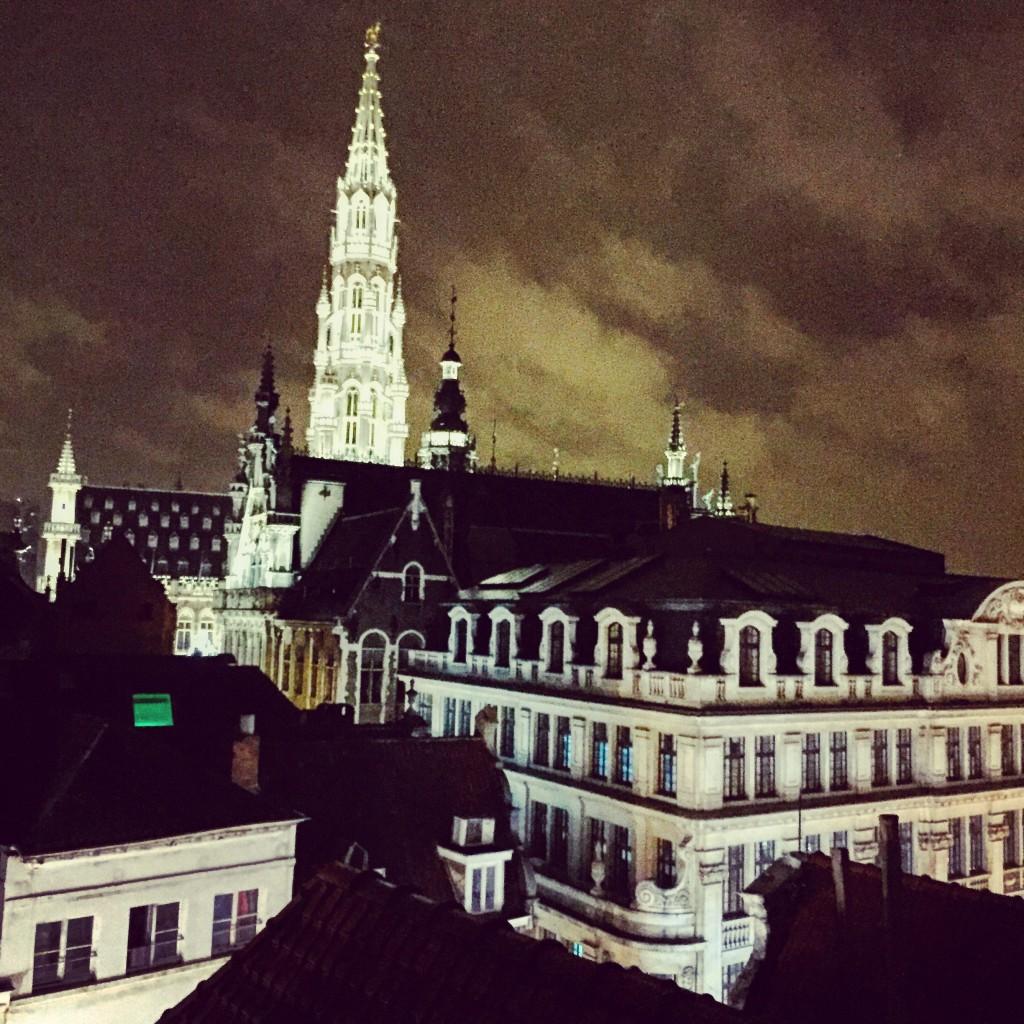 Le Beffroi de Bruxelles vu depuis les toits