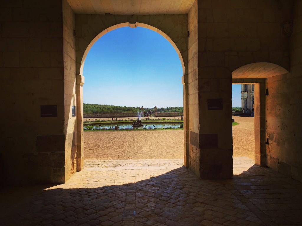 Un décors exceptionnel sous le porche du château