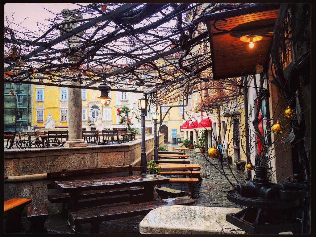 Petite place de la vieille ville de Piran