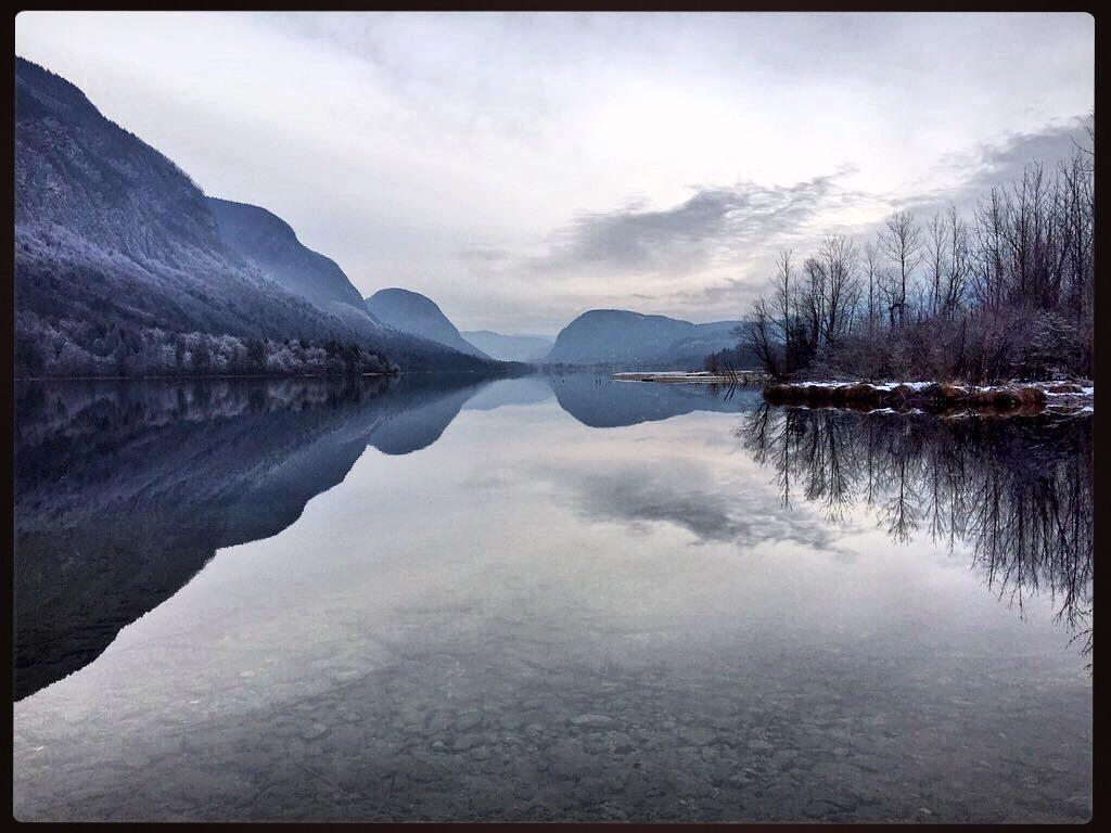 Le lac de Bohinj  vu depuis le petit village d'Ukanc
