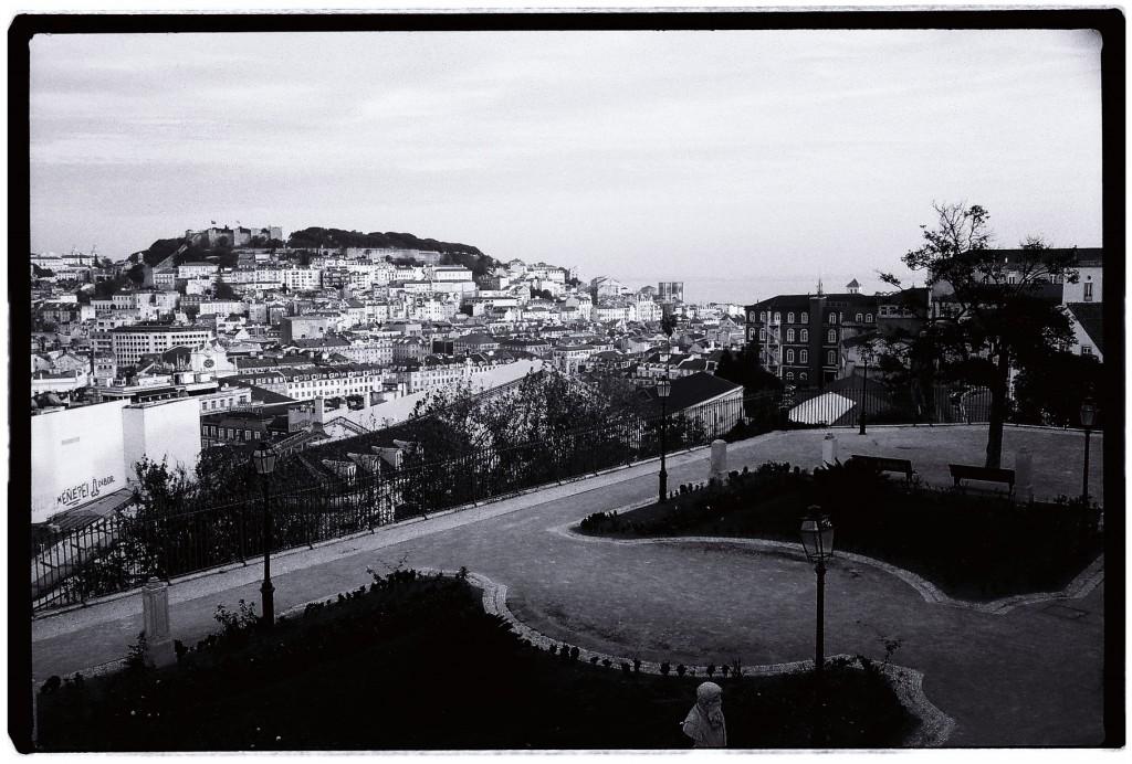 Le Belvédère le plus connu de la ville de Lisbonne, Sao Pedro de Alcantara
